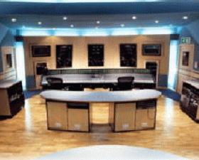 レコーディングスタジオ音響設計